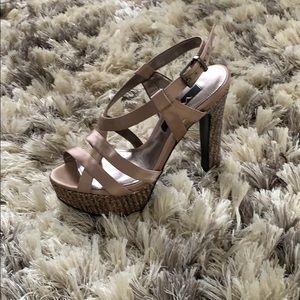 Nina platform heels size 8M
